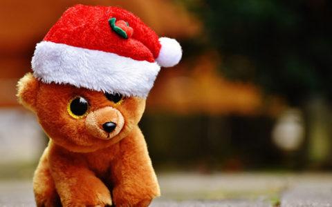 """揭秘""""请给我来一顶圣诞帽@微信官方""""的刷屏始末_大叔"""